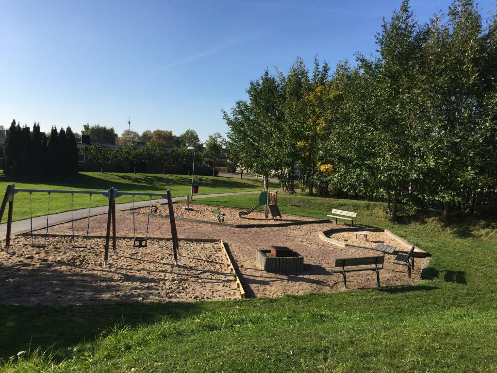 Park med lekplats i Kungshult